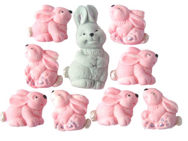 Mum & pink Baby Rabbits cake decorations