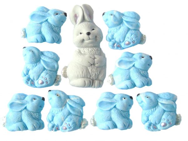 Mum blue Baby Rabbits cake decorations