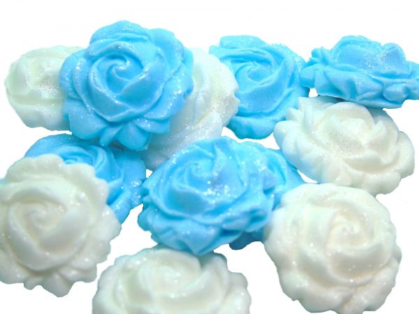 New small roses set blue white