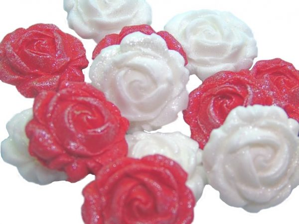 New small roses set red white